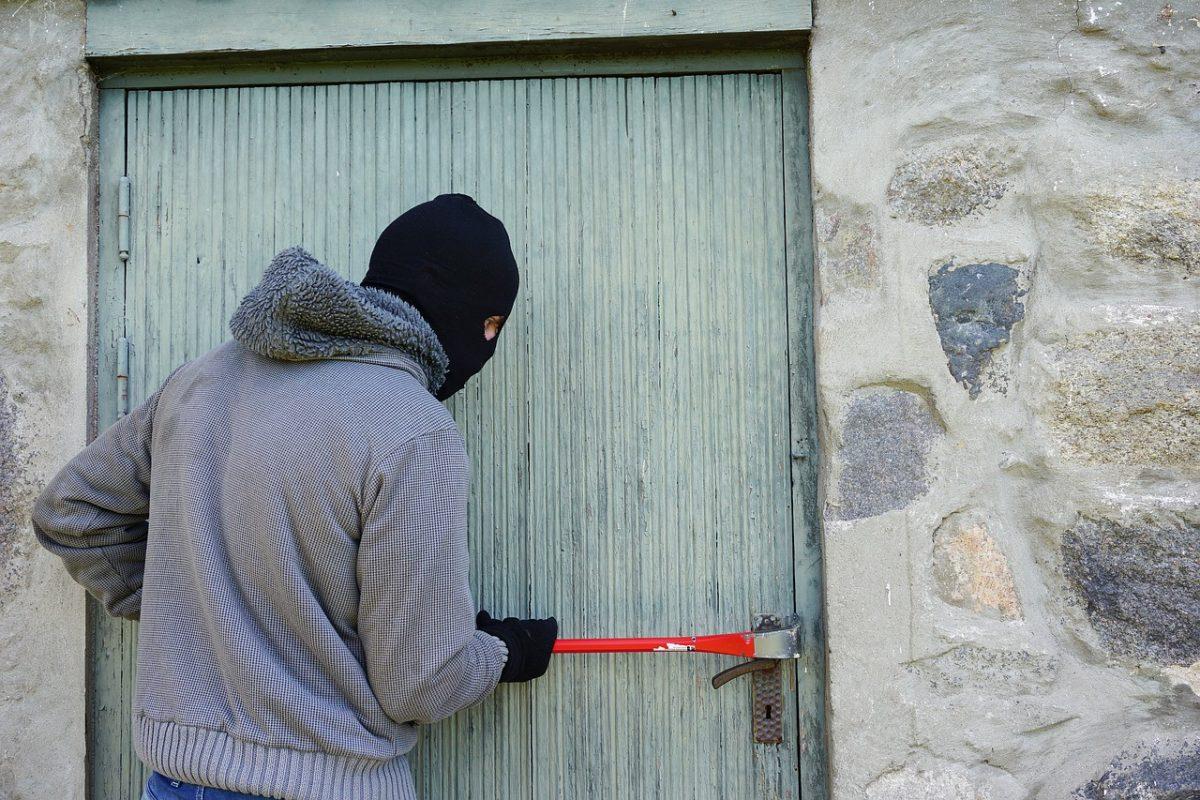 Sicherheits-Profi-Wohnungseinbrüche-1200x800.jpg